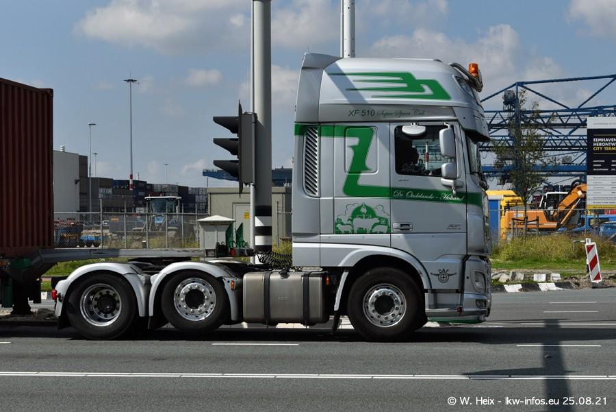 20210902-Rotterdam-Containerhafen-00323.jpg