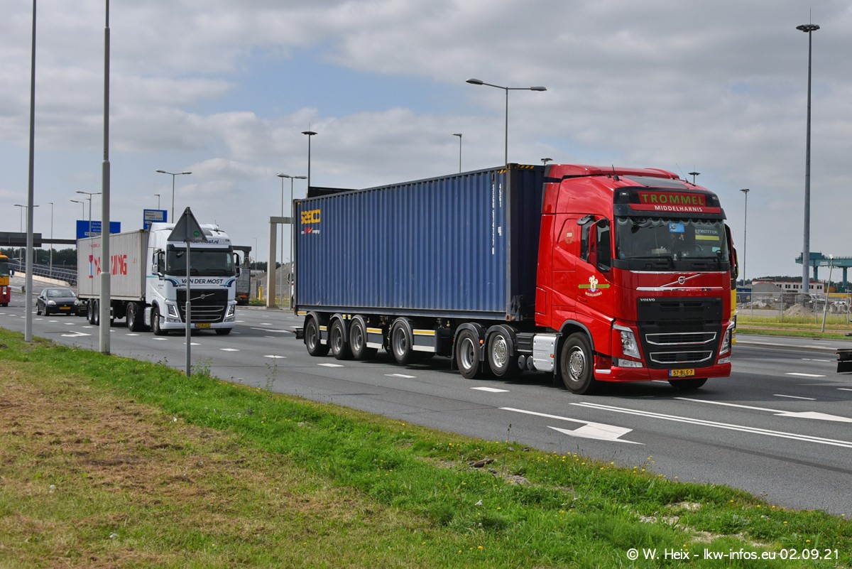 20210902-Rotterdam-Containerhafen-00327.jpg