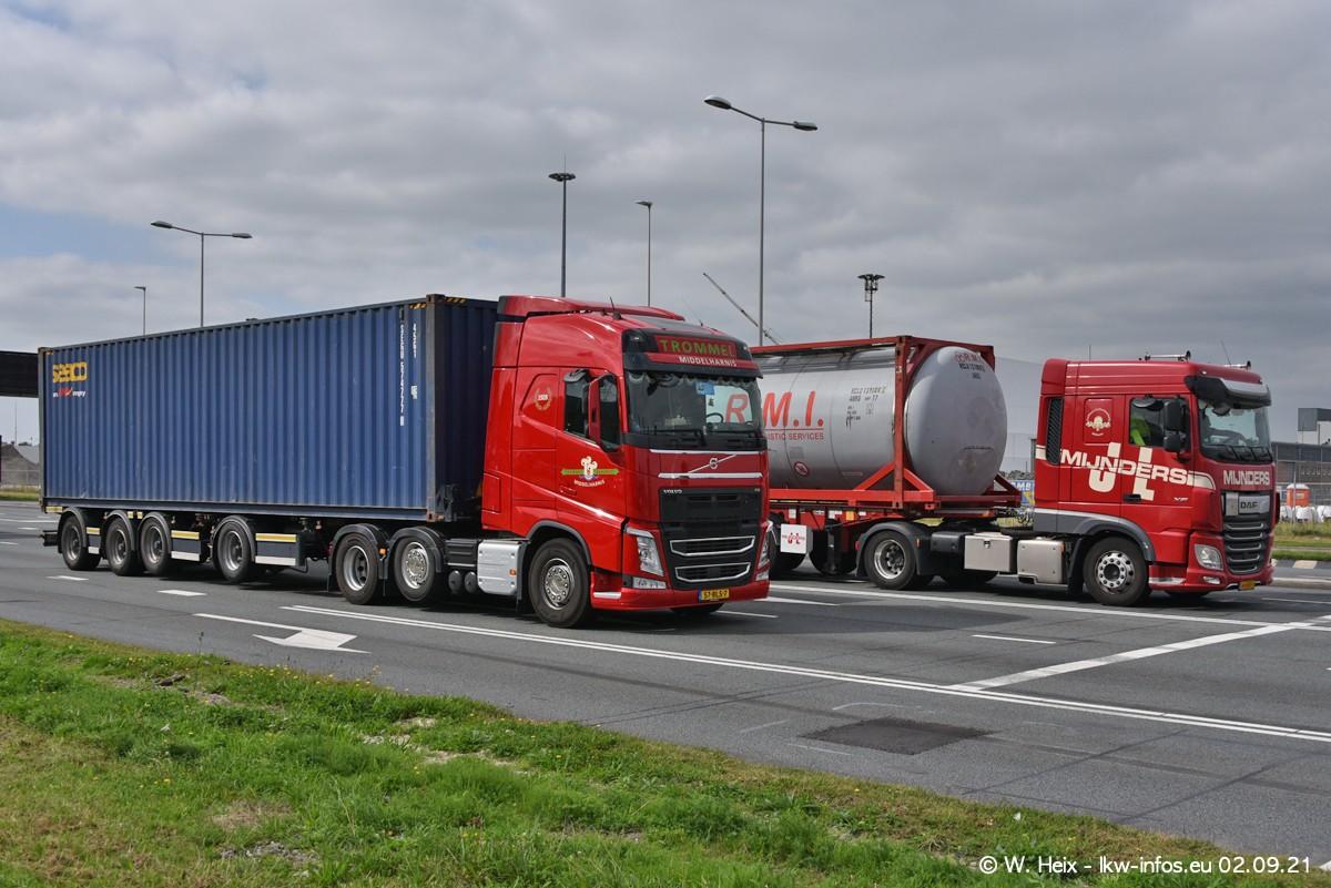 20210902-Rotterdam-Containerhafen-00328.jpg