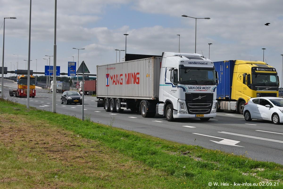 20210902-Rotterdam-Containerhafen-00329.jpg
