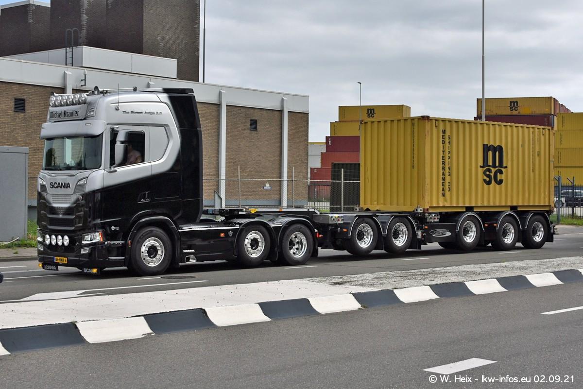 20210902-Rotterdam-Containerhafen-00333.jpg
