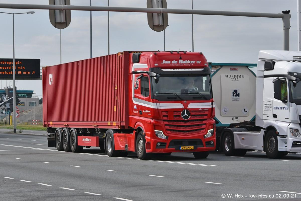 20210902-Rotterdam-Containerhafen-00340.jpg