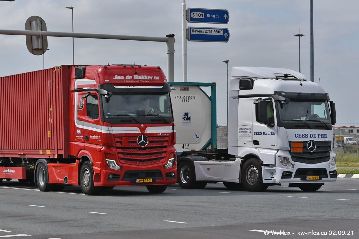 20210902-Rotterdam-Containerhafen-00341.jpg