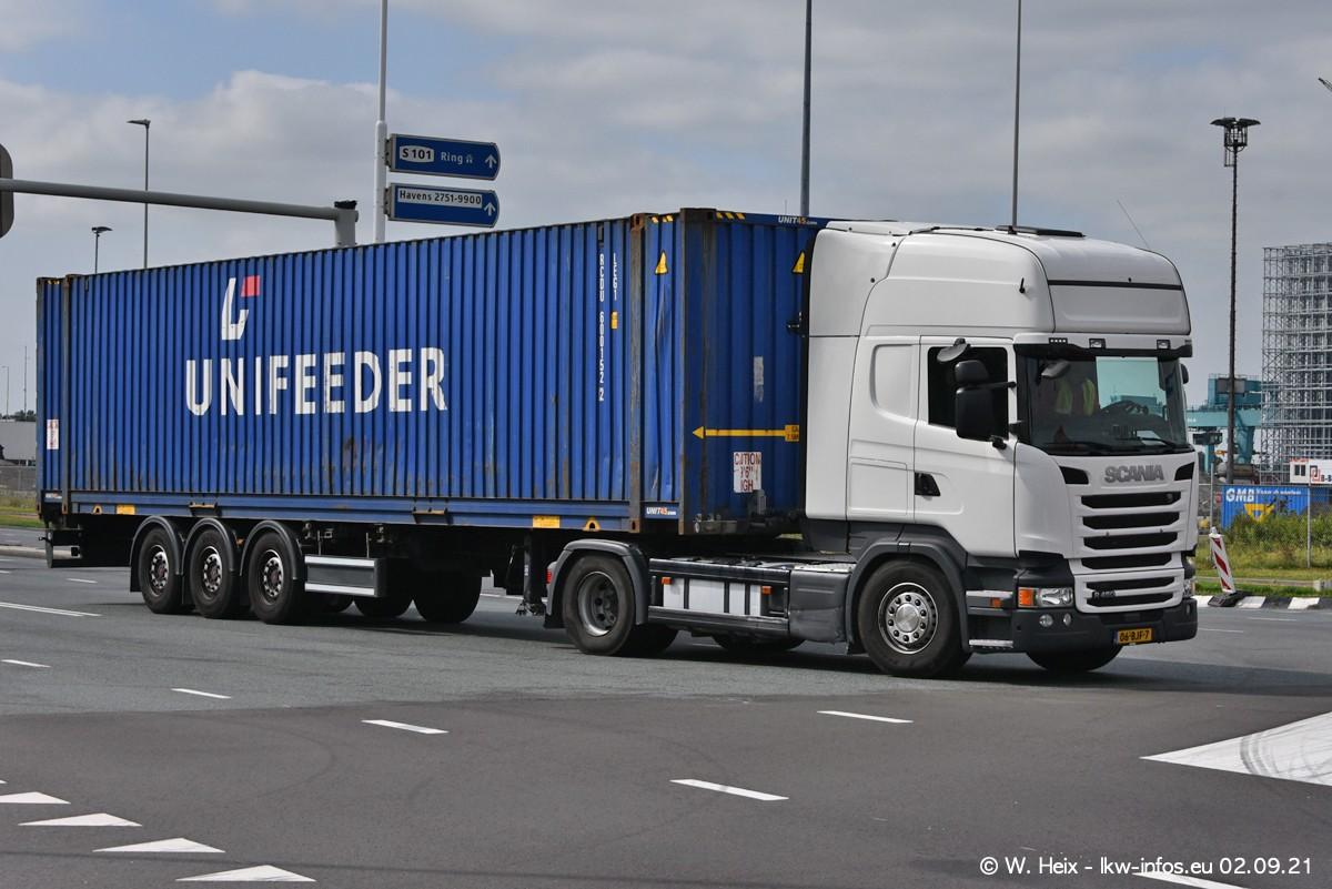 20210902-Rotterdam-Containerhafen-00342.jpg
