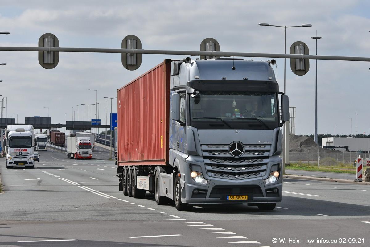 20210902-Rotterdam-Containerhafen-00348.jpg
