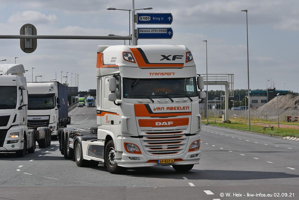 20210902-Rotterdam-Containerhafen-00365.jpg