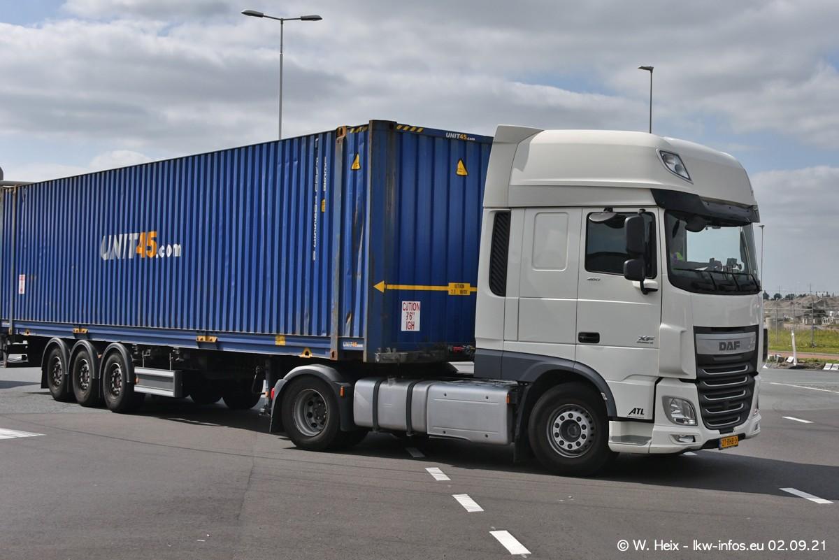 20210902-Rotterdam-Containerhafen-00368.jpg