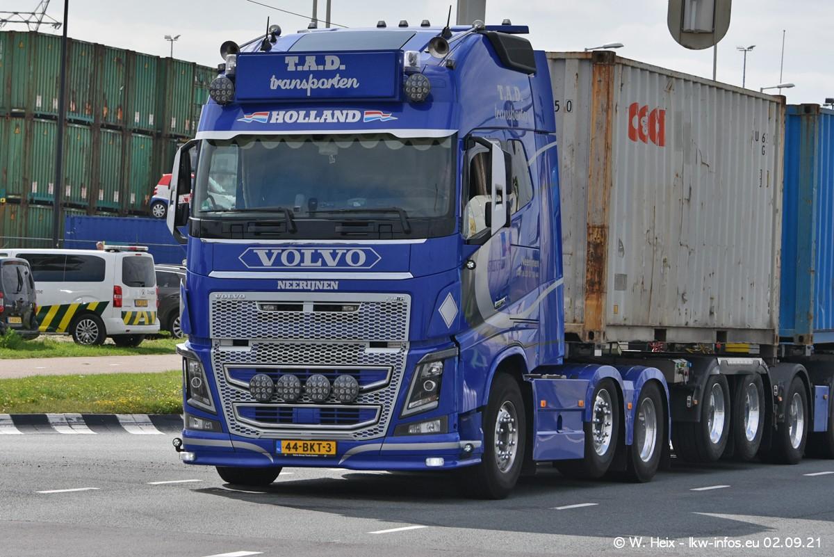 20210902-Rotterdam-Containerhafen-00373.jpg