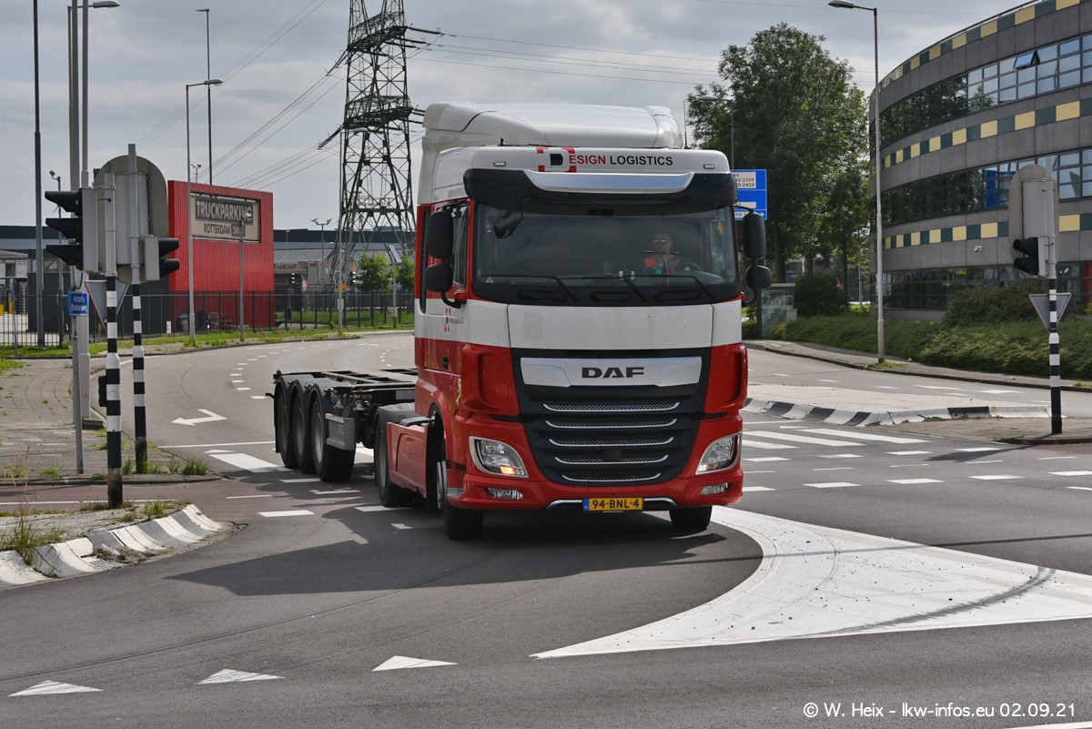 20210902-Rotterdam-Containerhafen-00384.jpg