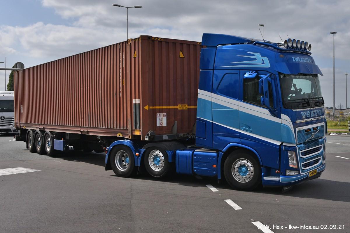 20210902-Rotterdam-Containerhafen-00386.jpg