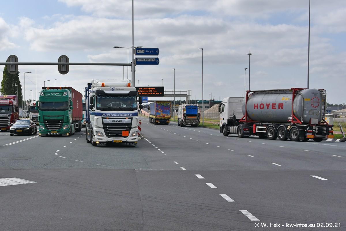 20210902-Rotterdam-Containerhafen-00390.jpg