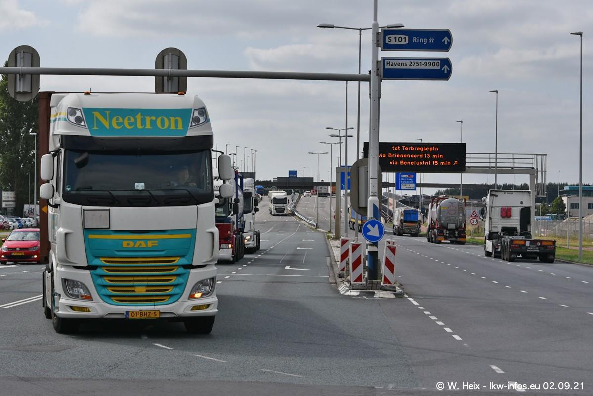 20210902-Rotterdam-Containerhafen-00397.jpg