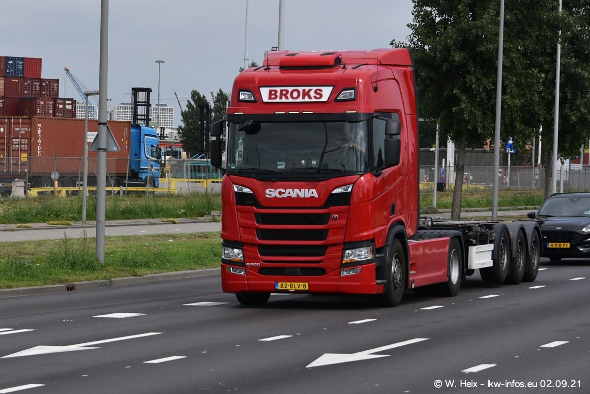 20210902-Rotterdam-Containerhafen-00400.jpg
