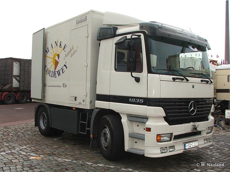 Bremen-Freimarkt-2007-MN-2007-373.jpg