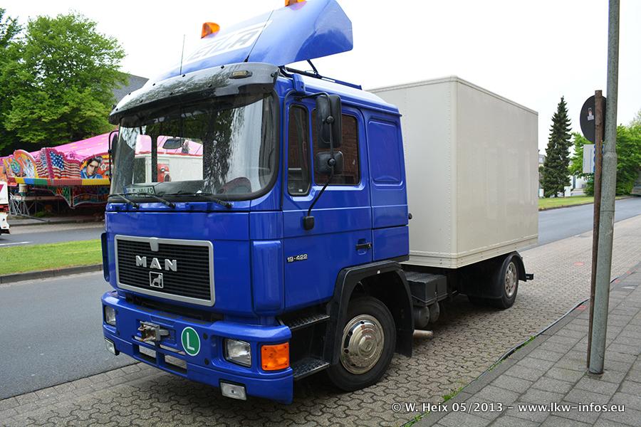 Schaustellerfahrzeuge-20130515-020.jpg