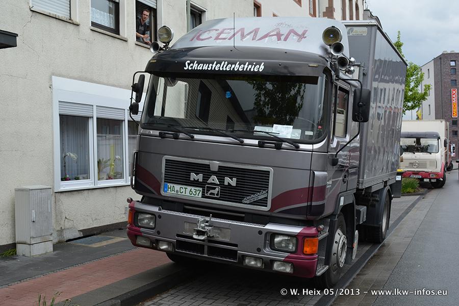 Schaustellerfahrzeuge-20130515-081.jpg