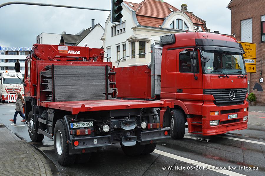 Schaustellerfahrzeuge-20130515-090.jpg