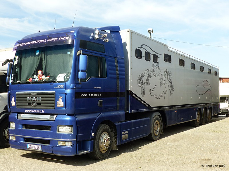 20171105-Pferdetransporter-00016.jpg