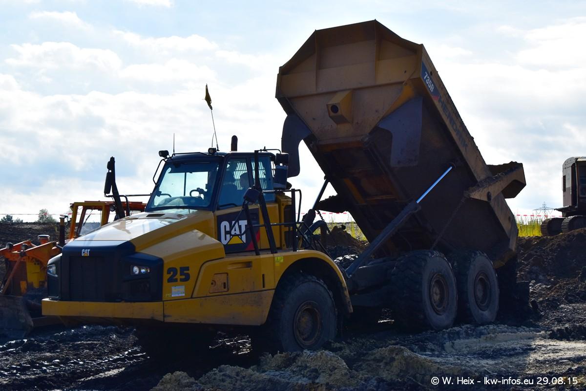 Truck-in-the-koel-Brunssum-20150829-191.jpg