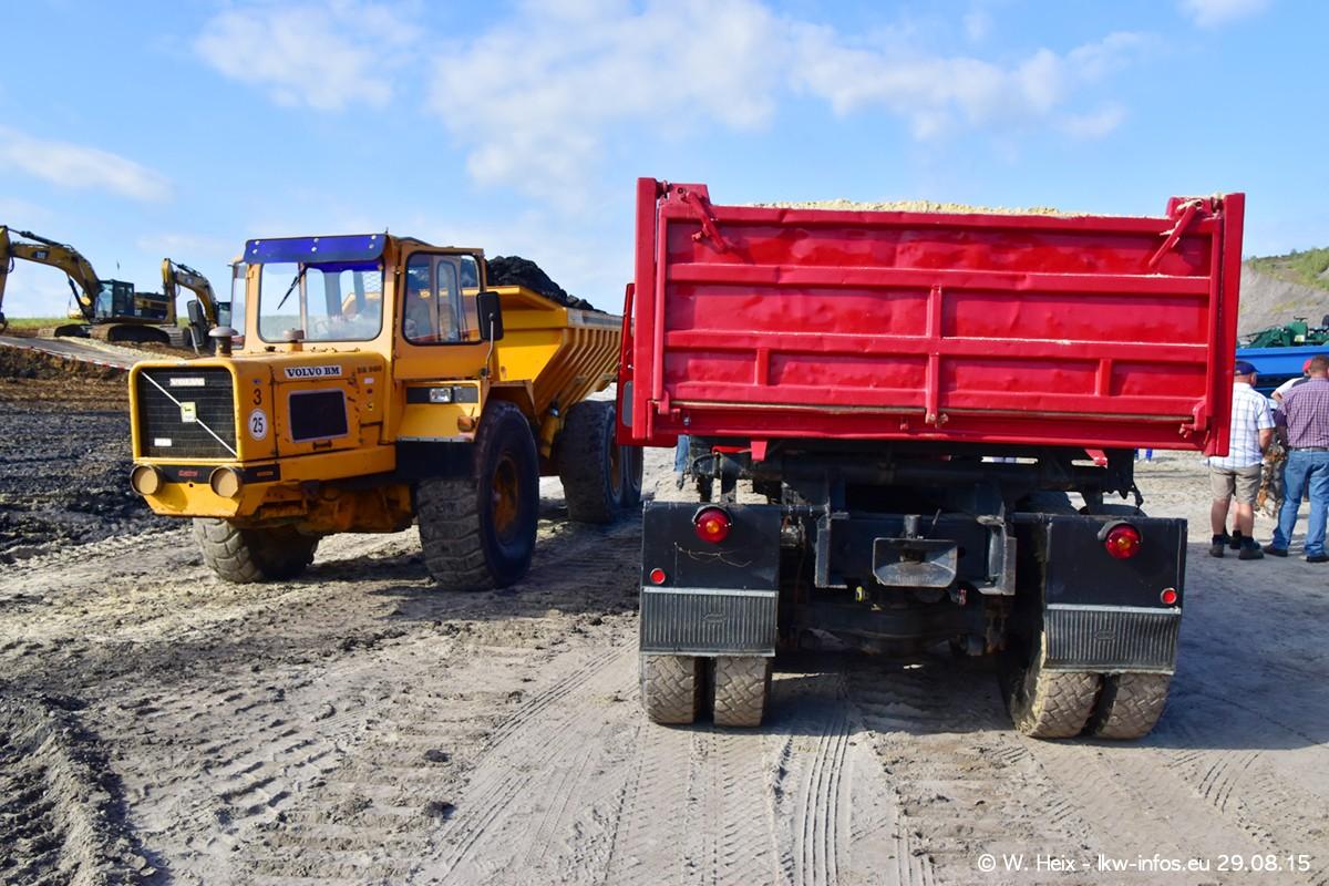 Truck-in-the-koel-Brunssum-20150829-200.jpg