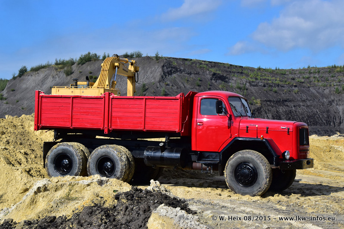 Truck-in-the-koel-Brunssum-20150829-223.jpg