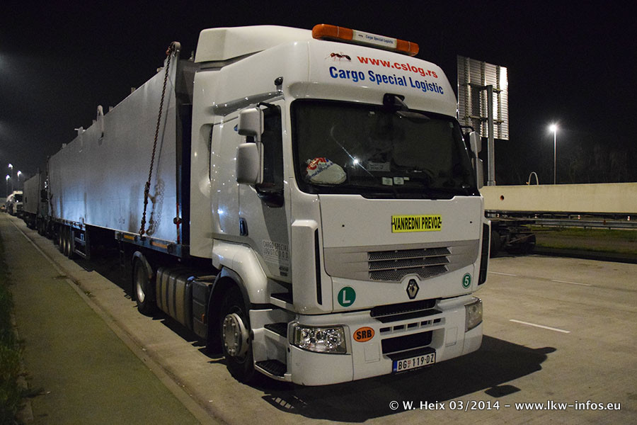 Schwertransport-allgemein-Renault-20140318-001.jpg