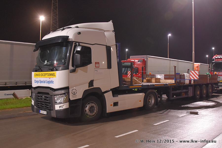 Schwertransport-allgemein-Renault-20151209-001.jpg