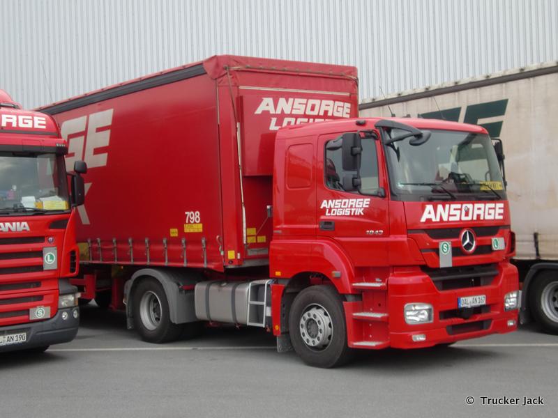 Ansorge-DS-101112-002.jpg