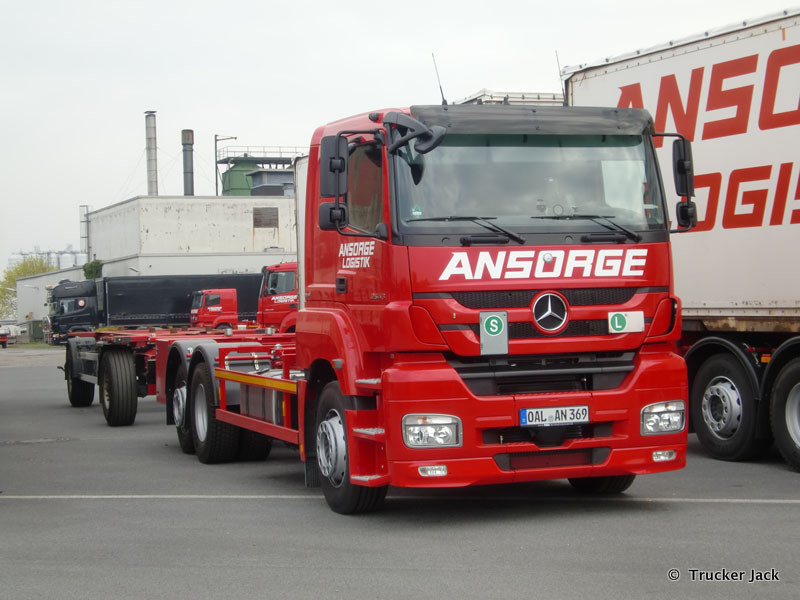 Ansorge-DS-101112-007.jpg
