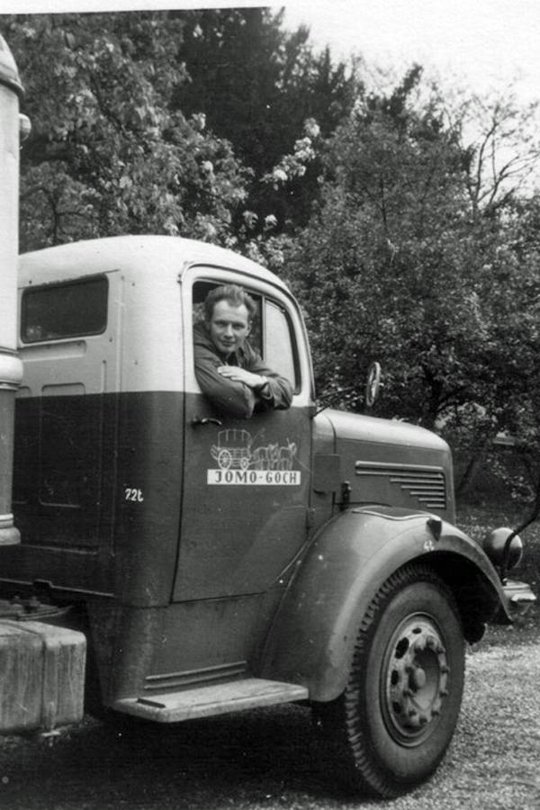 19500101-Jomo-00004.jpg