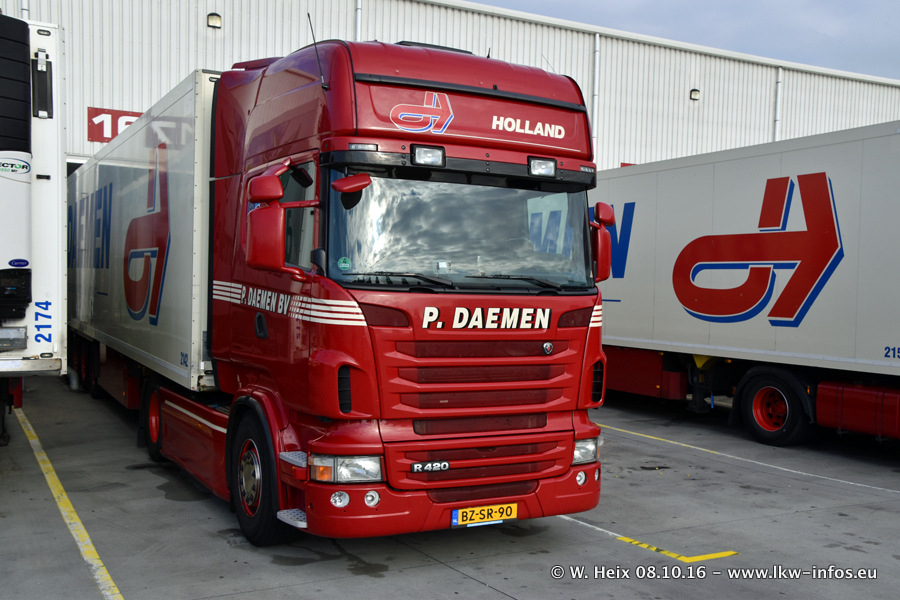 Daemen-20161008-00294.jpg