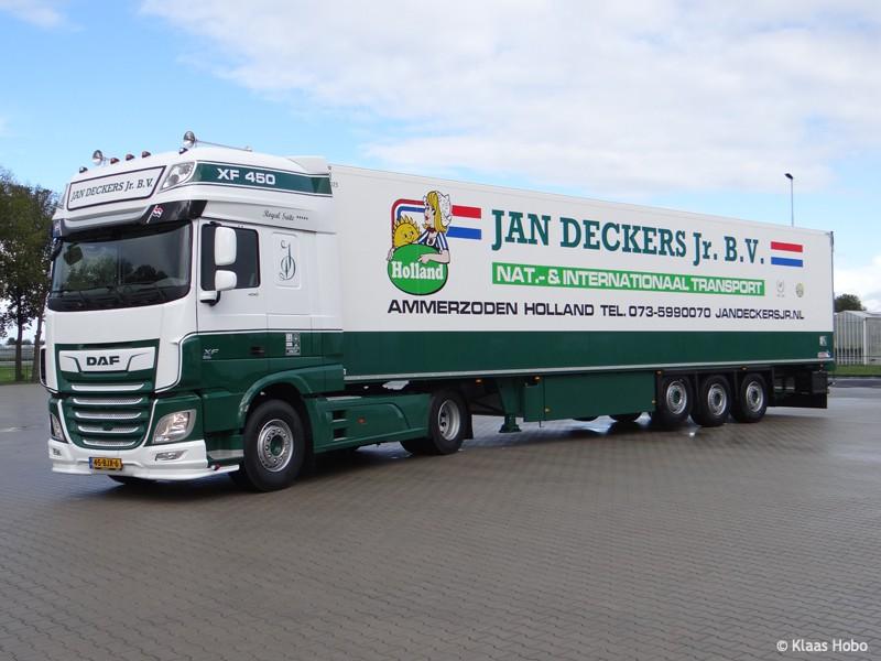 Deckers-Jan-20200320-005.jpg