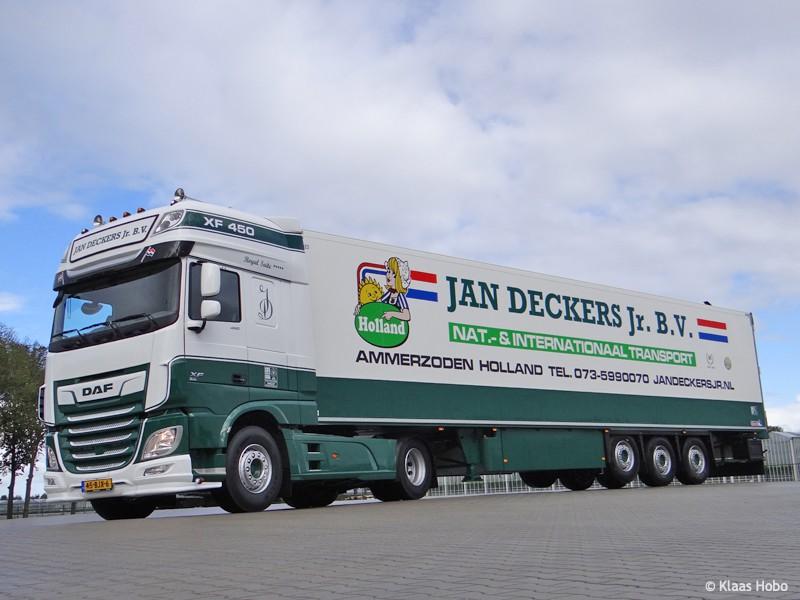 Deckers-Jan-20200320-006.jpg