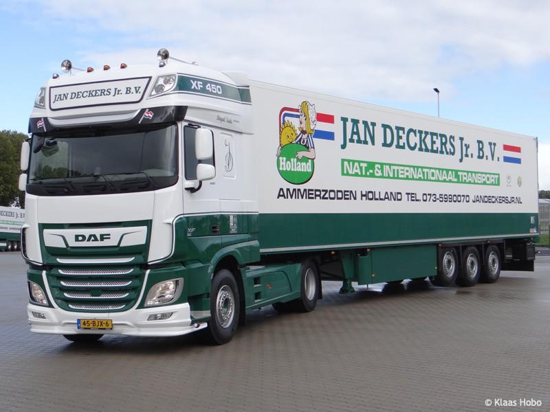 Deckers-Jan-20200320-007.jpg