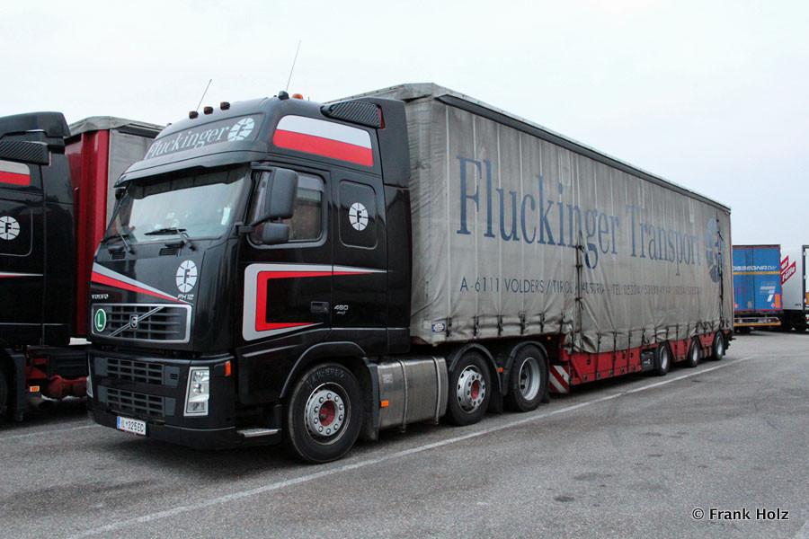 Volvo-FH12-460-Fluckinger-Holz-180612-01.jpg
