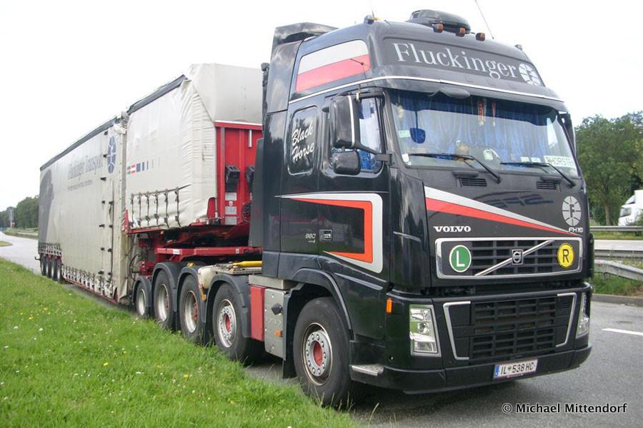Volvo-FH16-660-Fluckinger-Mittendorf-101011-05.jpg