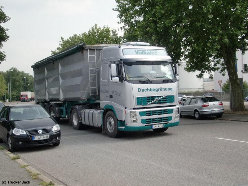 Volvo-FH-440-Vulcatec-DS-260610-01.jpg