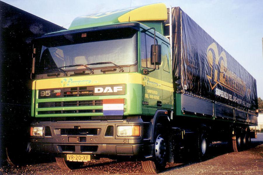 Hameleers-DGrooten-020110-12.jpg