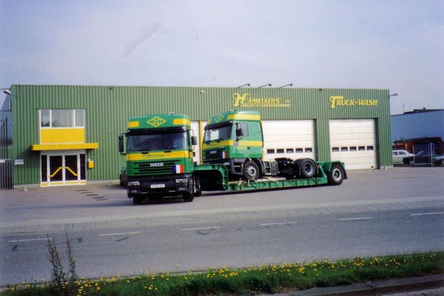 Hameleers-DGrooten-020110-15.jpg