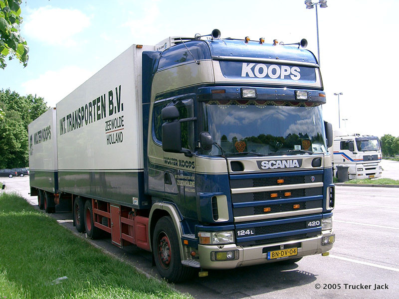 Koops-DS-101112-005.jpg