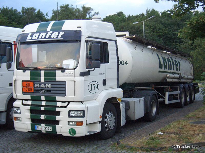 Lanfer-DS-101112-008.jpg