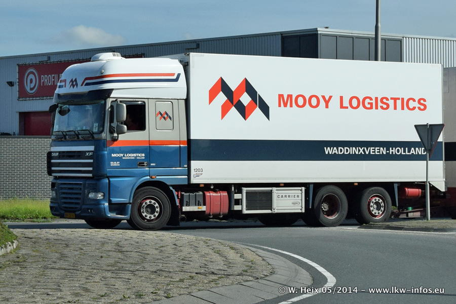 Mooy-20140530-002.jpg