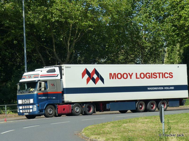 Mooy-20140711-001.jpg