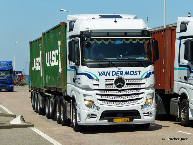 Most-van-der-20150705-10.jpg