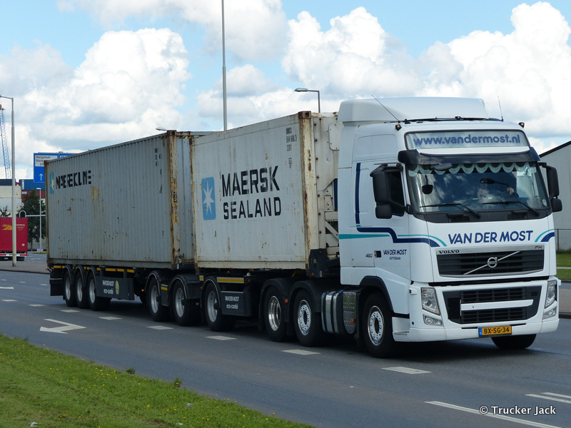 Most-van-der-DS-20151208-008.jpg