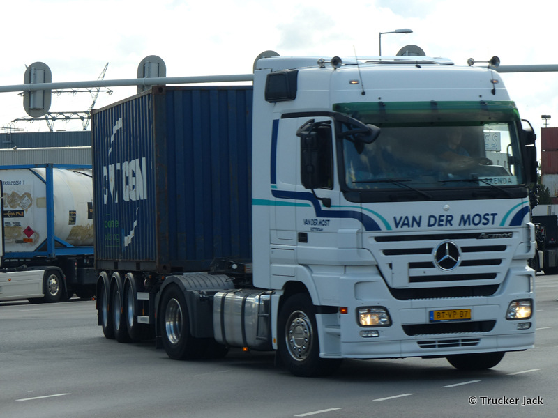 Most-van-der-DS-20151208-016.jpg