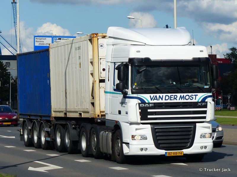 Most-van-der-DS-20151208-017.jpg
