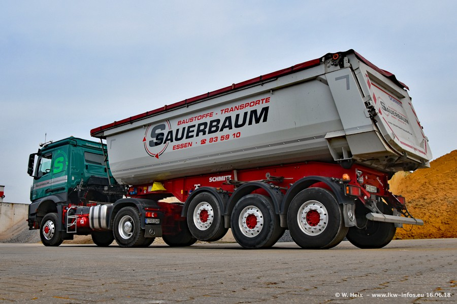 20180616-Sauerbaum-Fotoshooting-00019.jpg