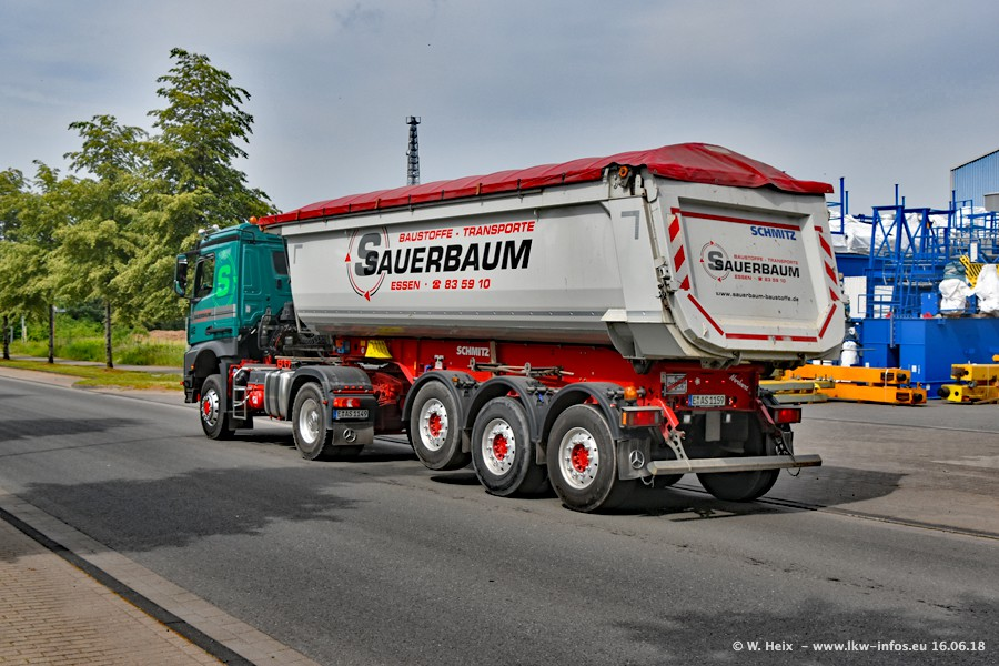 20180616-Sauerbaum-Fotoshooting-00330.jpg