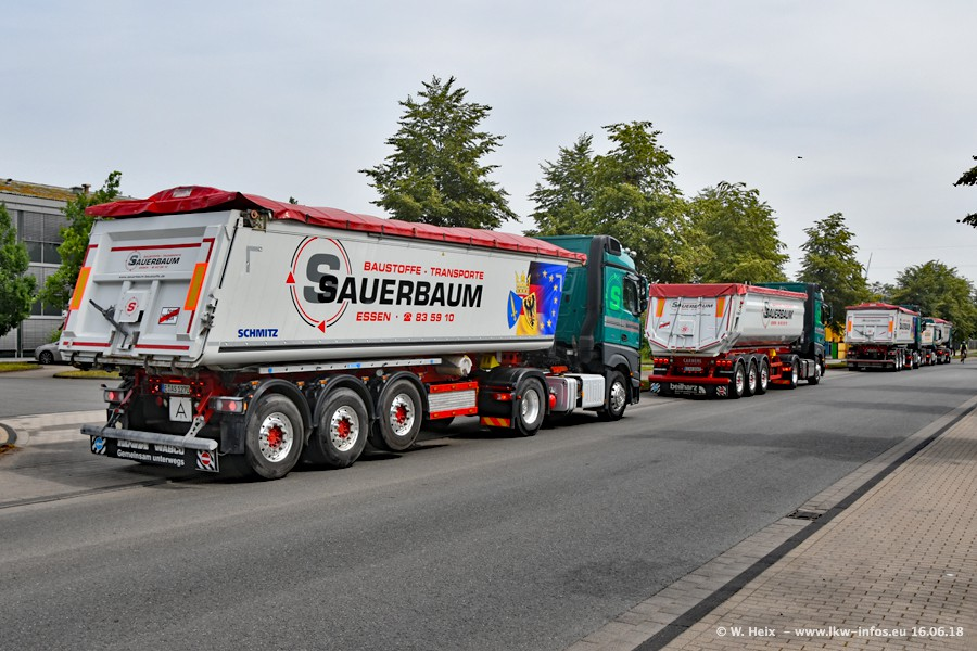 20180616-Sauerbaum-Fotoshooting-00383.jpg